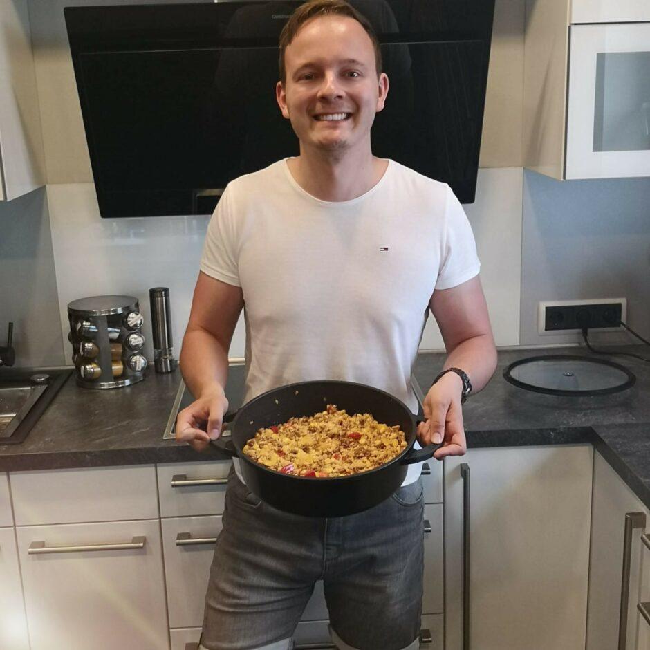 Hauptspeisemonat – Reispfanne